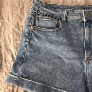 American Eagle Medium Wash Denim Mom Shorts